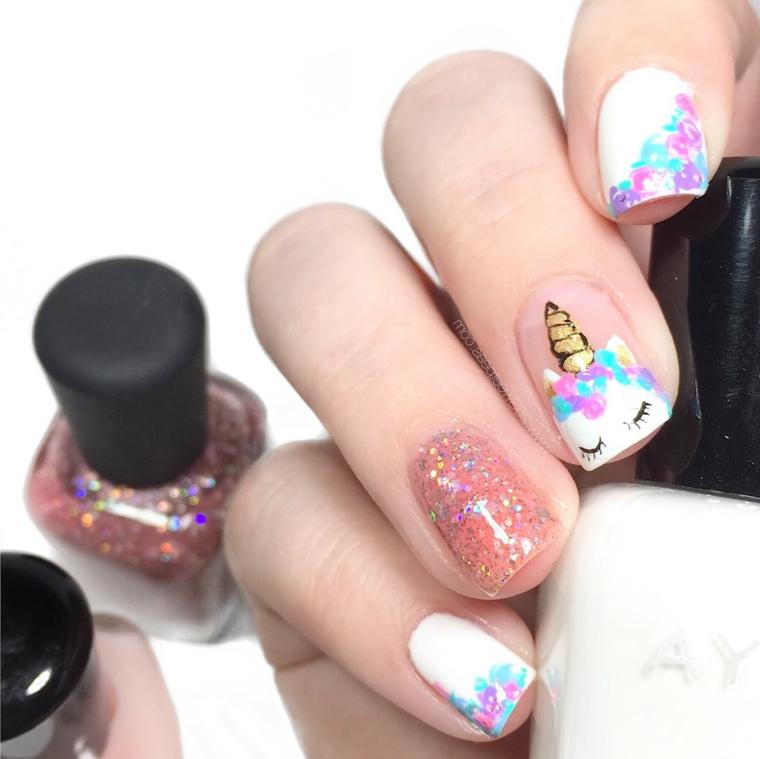 Smalto rosa glitter, disegno unghie unicorno, bottigliette di smalti