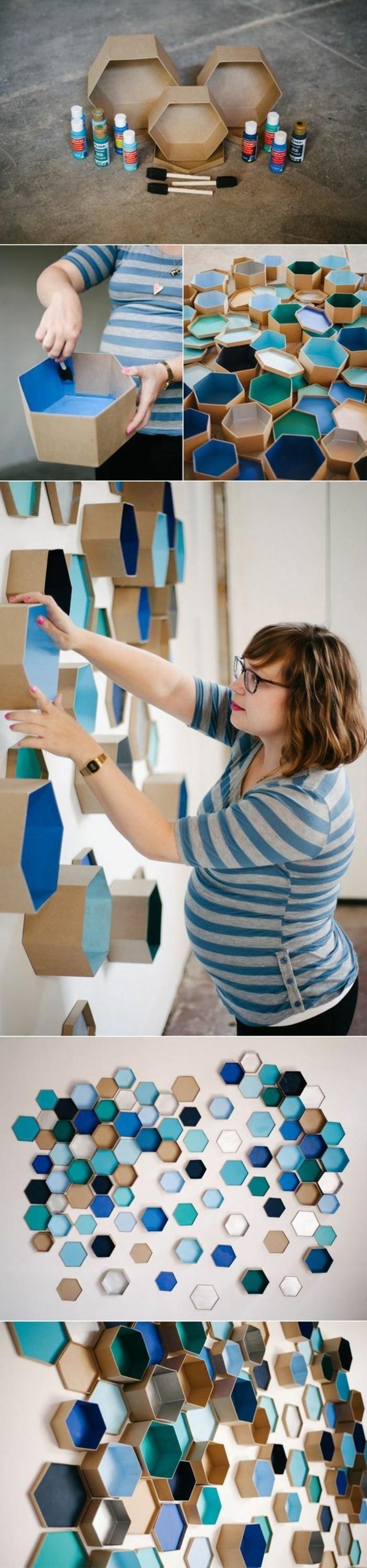 Decorazioni di cartone, cartoncini colorati, donna che decora