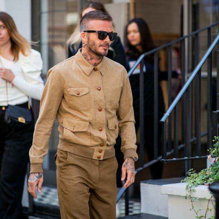 Capelli rasati, il calciatore David Beckham, abbigliamento stile casual