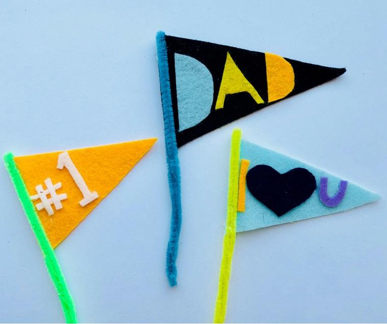 Festa del papà lavoretti, bandiere di feltro, scritte con pezzi di feltro
