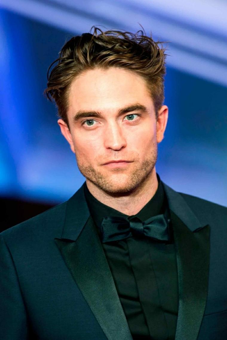 Pettinatura capelli mossi, tagli capelli maschili, occhi colore verde