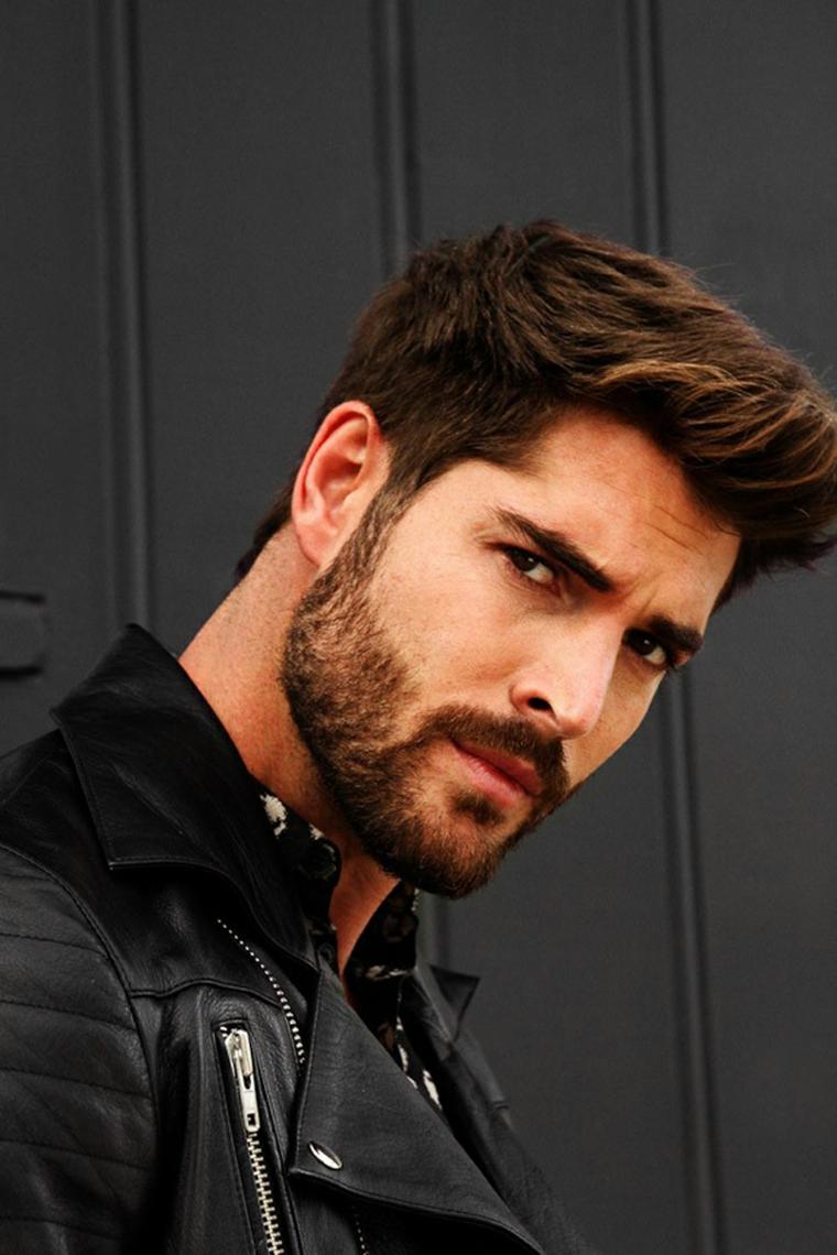 Capelli corti uomo sfumati, acconciatura maschile, uomo con barba