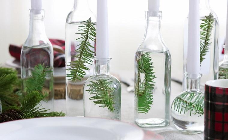 Centrotavola natalizio fai da te, bottiglie di vetro, portacandele di vetro