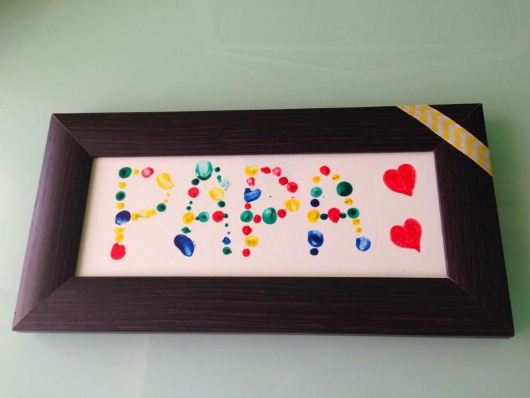 Cornice di legno, cornice con disegno, disegno con colori acrilici
