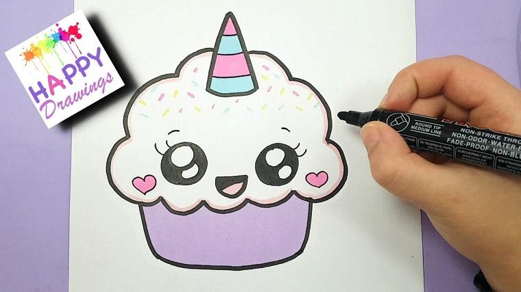 Cupcake da colorare con pennarelli, cupcake con faccina kawaii, disegno corno unicorno