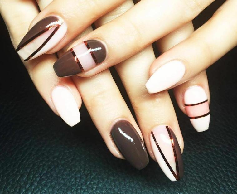 Forme unghie gel, smalto colore bianco, strisce per manicure