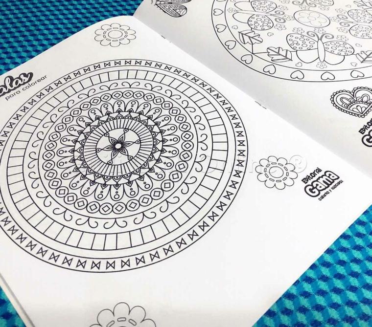 Disegni con cerchi, mandala significato, libro con disegni