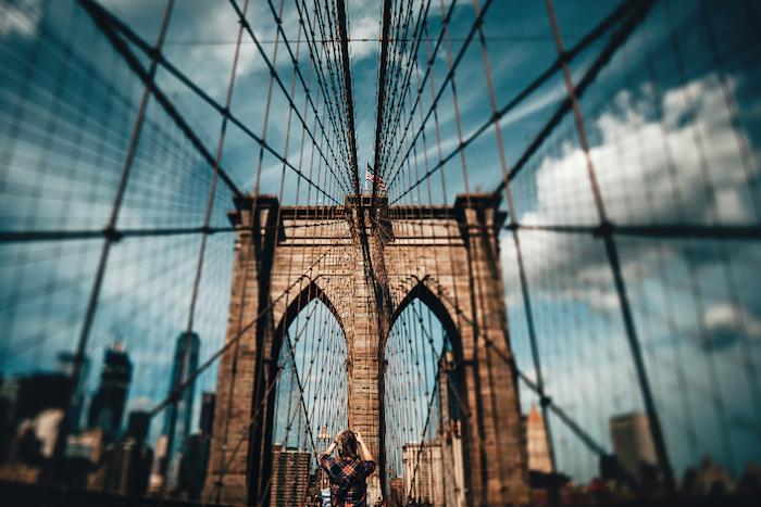Sfondi tumblr, uomo che fotografa, struttura metallica