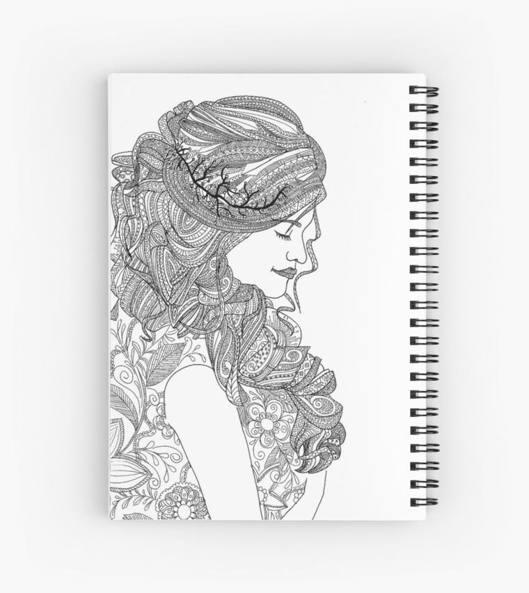 Disegno di una donna, mandala significato, quaderno ad anelli