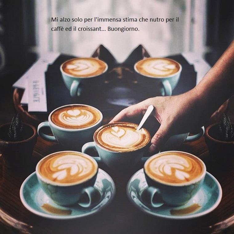 Augurare buona giornata, tazze di cappuccino, foto con citazione
