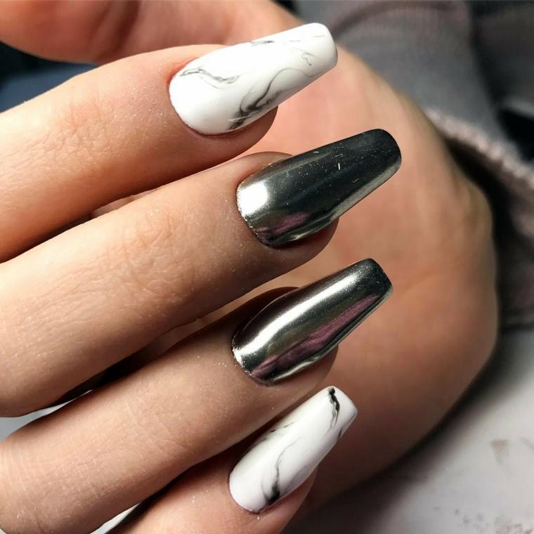 Unghie color cipria, smalto acrilico, decorazioni unghie effetto marmo
