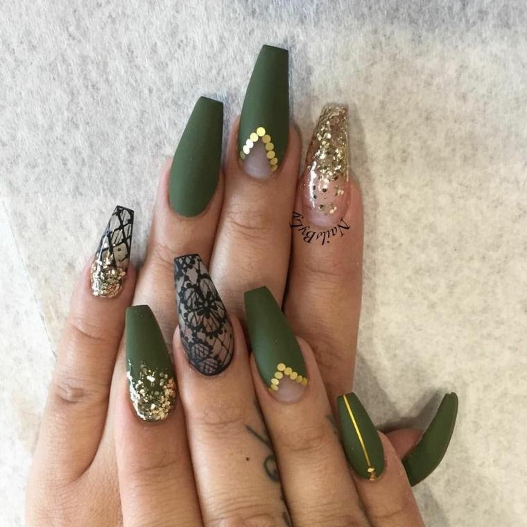 Smalto effetto pizzo, smalto colore verde opaco, unghie forma ballerina