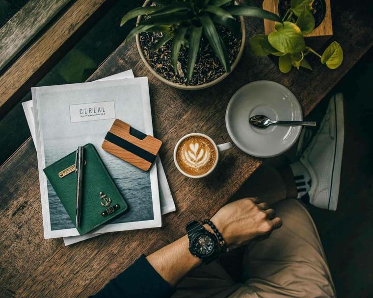 Immagini di buongiorno, pianta grassa, tazza di cappuccino