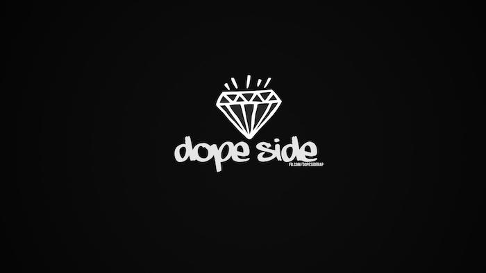 Disegno di un diamante, scritta in inglese, sfondo foto colore nero