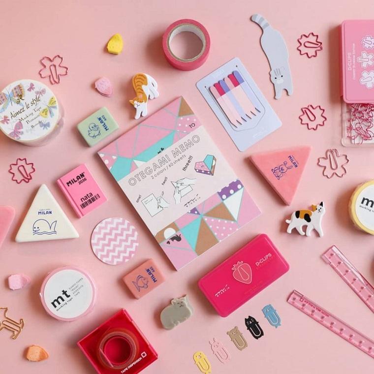 Disegni belli e facili, accessori per la scuola, accessori colorati di rosa