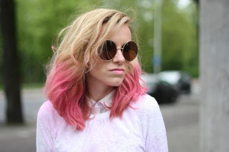 Shatush rosa, taglio capelli long bob, ragazza con occhiali da sole, ombrè colore rosa