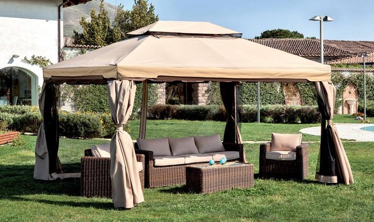Gazebo per giardino, set di mobili in rattan, mobili da giardino, giardino con tappeto erboso