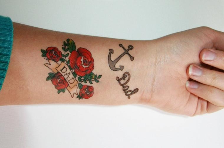 Tatuaggio dedicato alla famiglia, tatuaggio dedicato al papà, disegno tattoo rose rosse