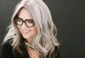 60 Acconciature Shatush grigio: i capelli sale e pepe per donne!