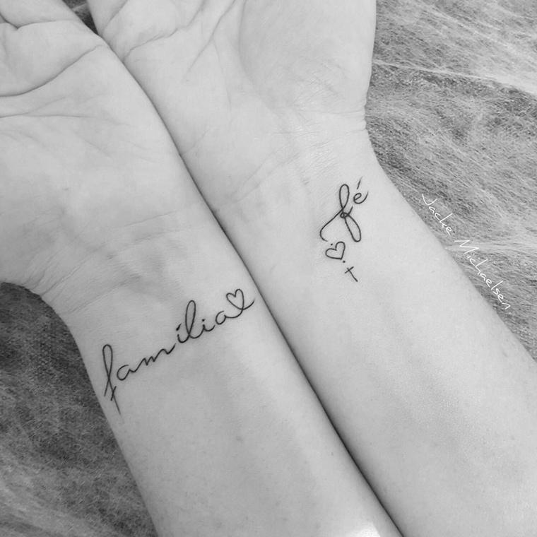 Tatuaggi bellissimi, tattoo sul polso della mano, disegno cuore polso, scritta tatuaggio in spagnolo