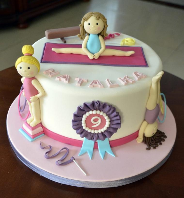 Immagini di torte bellissime, torta con pasta di zucchero, decorazioni con ginnastica ritmica
