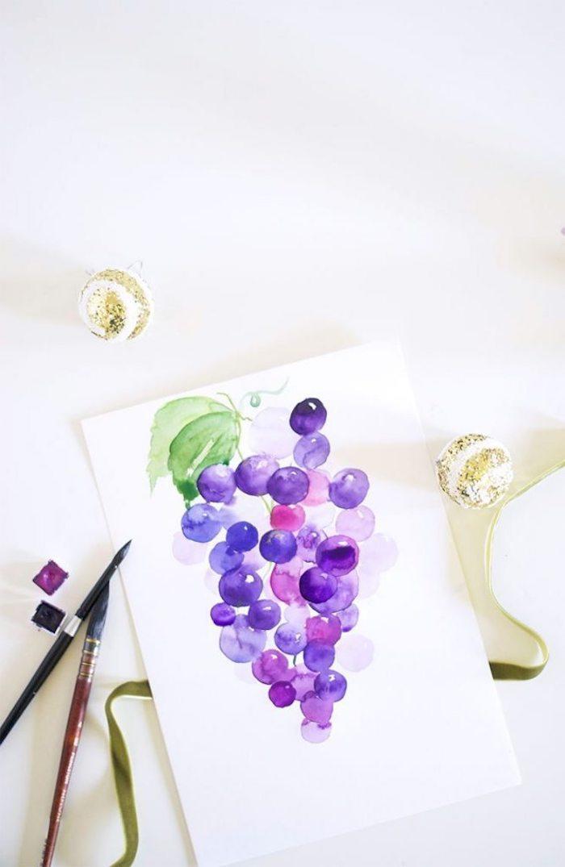 Disegno grappolo d'uva, disegno con colori acquarello, pennelli sporchi di colore