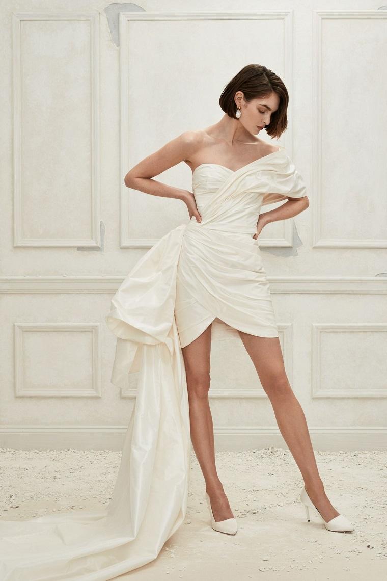 Abito sposa di Oscar De La Renta, abiti da sposa principeschi, vestito corto con strascico