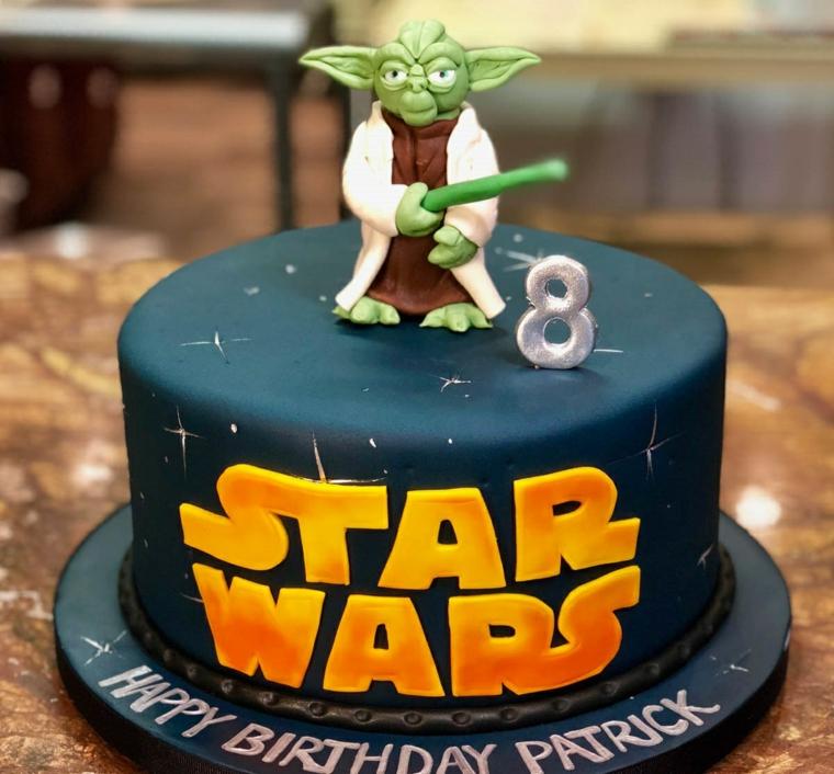 Torta bimbo Star Wars, torte di compleanno maschili, dolce ricoperto con pasta di zucchero