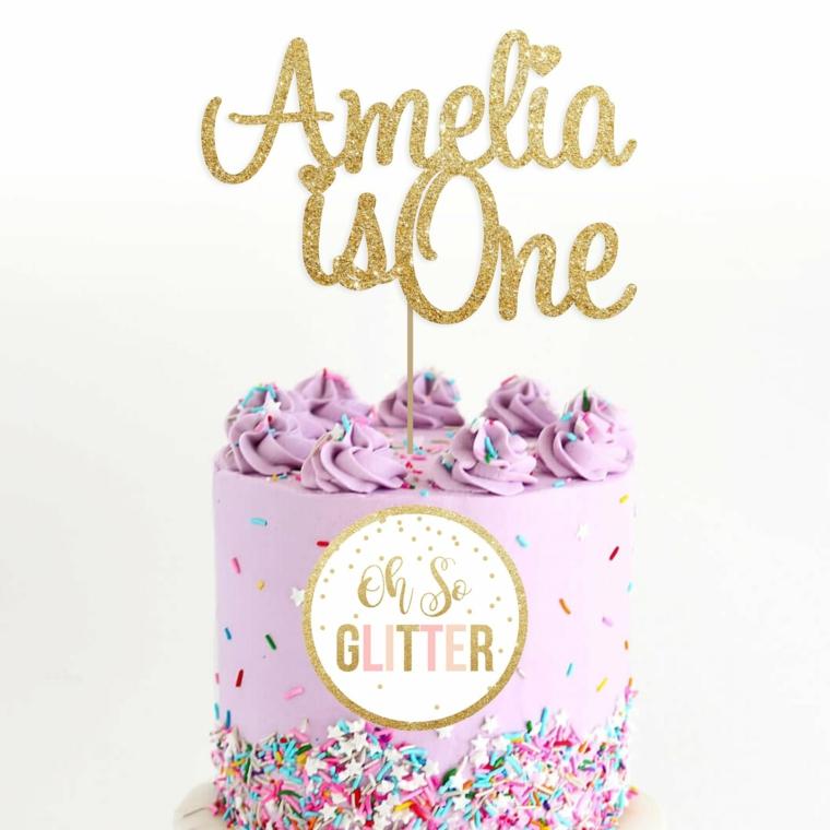 Topper torta scritta Amelia, decorazione torta con nome, torta di colore viola, codette colorate