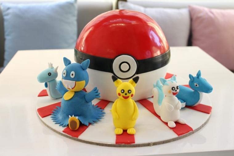 Torta con pallina Pokemon, immagini torte compleanno da scaricare, personaggi di Pokemon