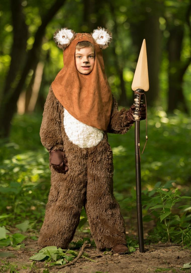 Trucco semplice Halloween, disegno sul viso, bimbo travestito come orso, costume per Halloween