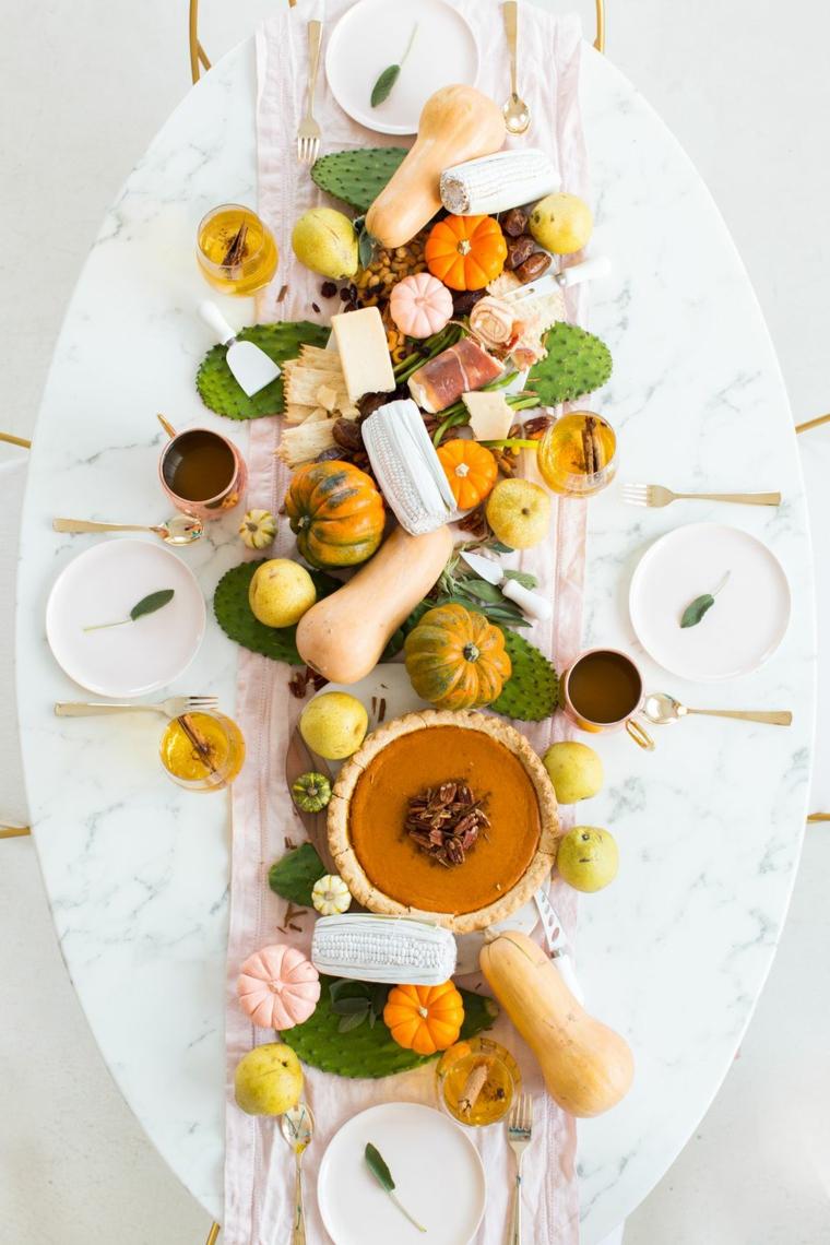 Lavoretti autunno, centrotavola con zucche, tavola apparecchiata autunno