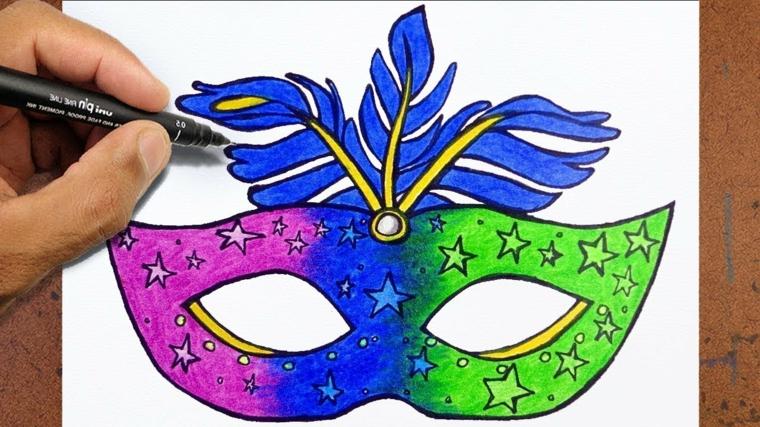 Maschere di carnevale da colorare, maschera con piuma, disegno su foglio bianco