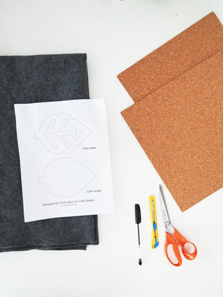 Materiale per realizzare un sottobicchiere, fogli di sughero, stencil di foglia, lavoretti creativi autunno