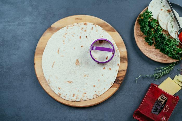 Tacos ricetta, tortillas con formina mini cerchio, ingredienti per tacos