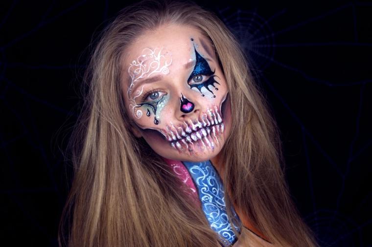 Ragazza con capelli biondi, trucchi di Halloween per bambini, make up da sugar skull