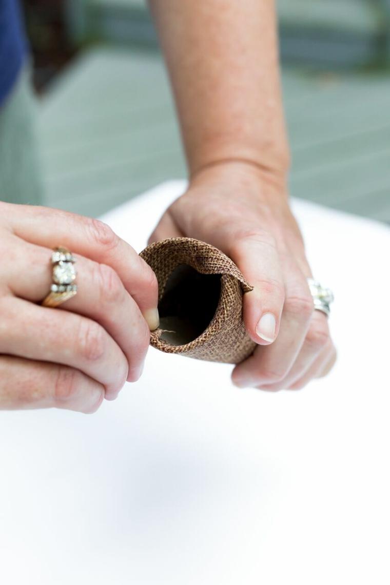 Cono di carta igienica, tela di colore marrone, tutorial per segnaposto autunno