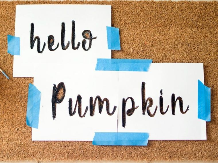 Lavoretti autunno, scritta Hello pumpkin, zerbino con scritta in inglese