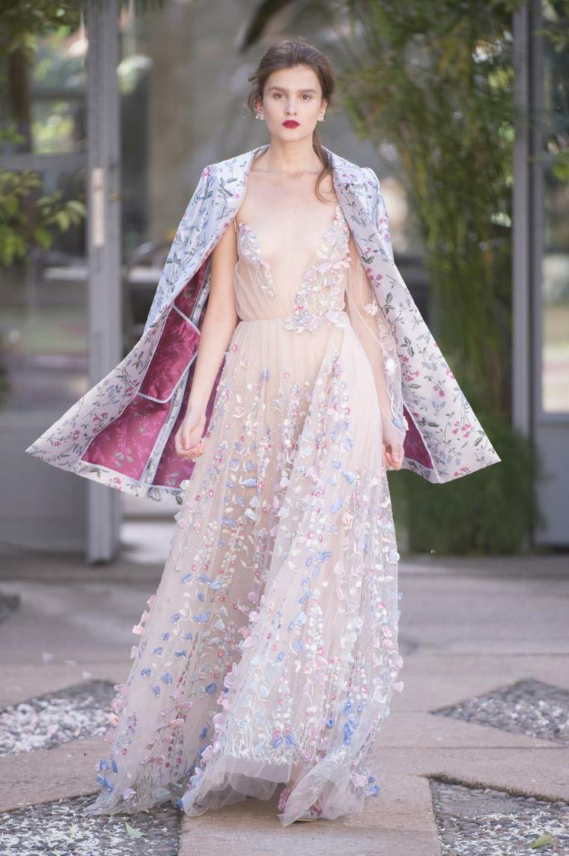Vestito con applicazioni, giacca con print floreali, abiti eleganti per signora, ragazza modella