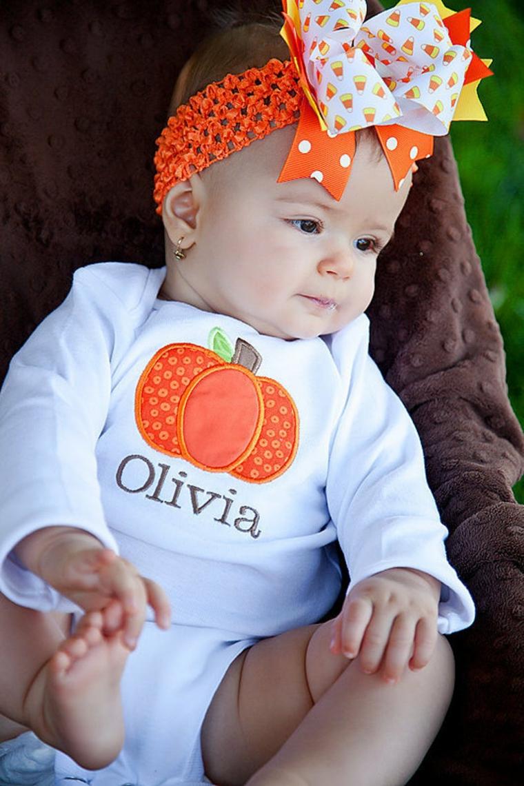 Costume carnevale neonato, bimba con tutina disegno zucca, tutina neonata con scritta Olivia