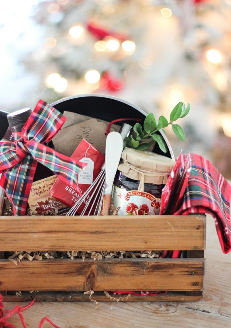 Idee regalo Natale per lei, cesto di legno, cesto regalo con marmellate