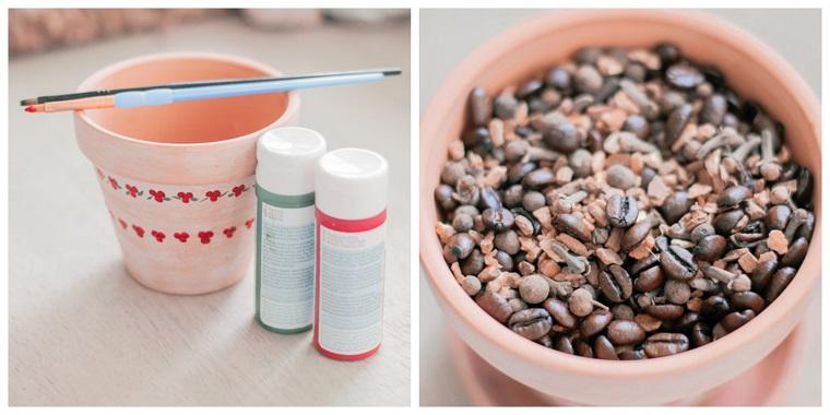 Vaso di terracotta dipinto, chicchi di caffè, vaso portacandela, tubi di colori acrilici, idee regalo Natale per lei