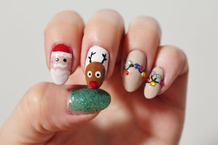 Manicure con disegni, decorazioni su smalto natalizio, disegno di renna e Babbo Natale