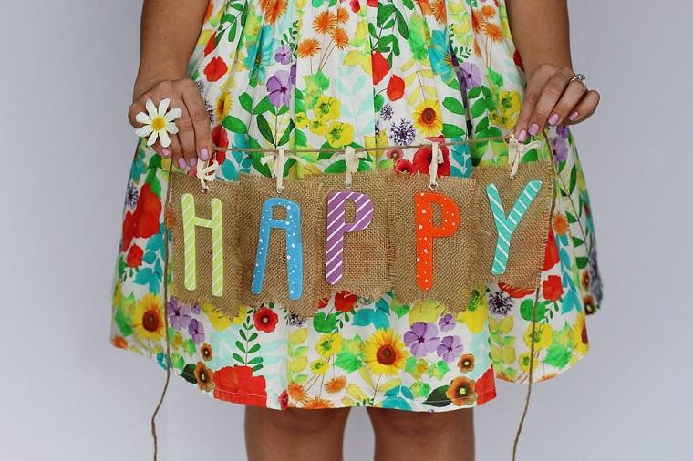 Ghirlanda con scritta colorata, scritta Happy, decorazioni per compleanno