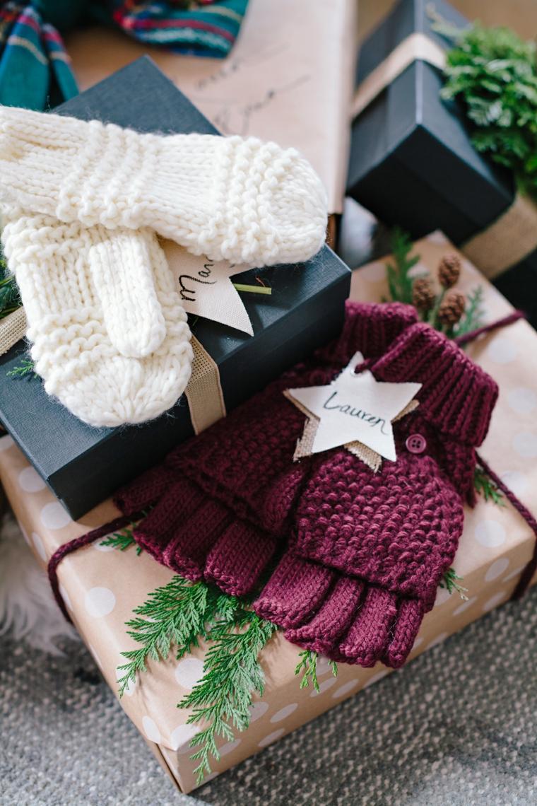 Pacchi regalo incartati, cosa posso regalare alla mia ragazza, guanti di lana