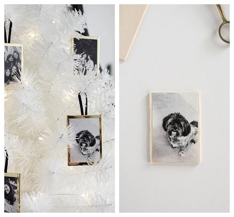 Pensierini di Natale, cornice per foto da appendere, albero di Natale bianco, foto di un cagnolino