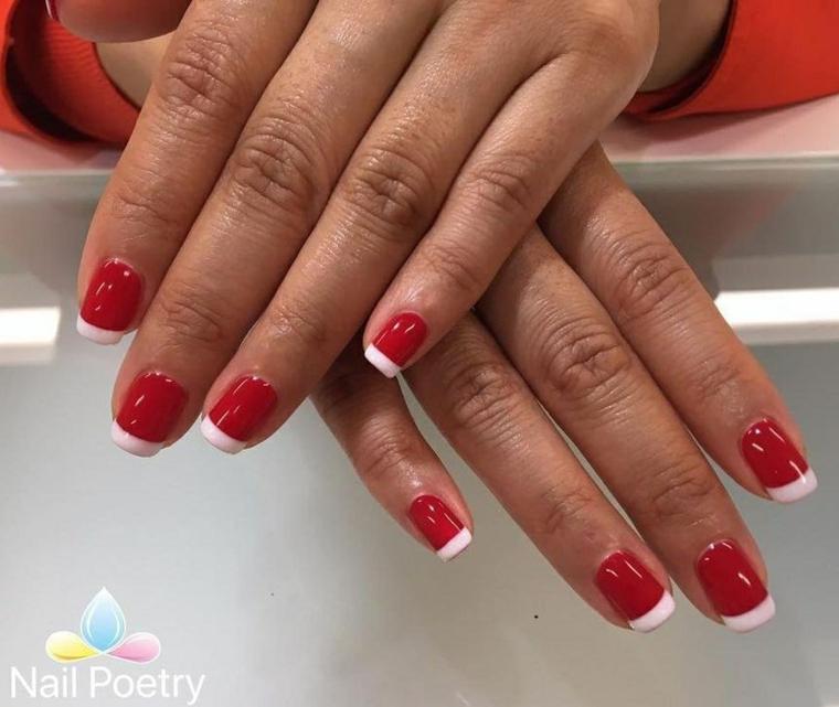 Smalto colore rosso, unghie con french manicure, unghie forma quadrata