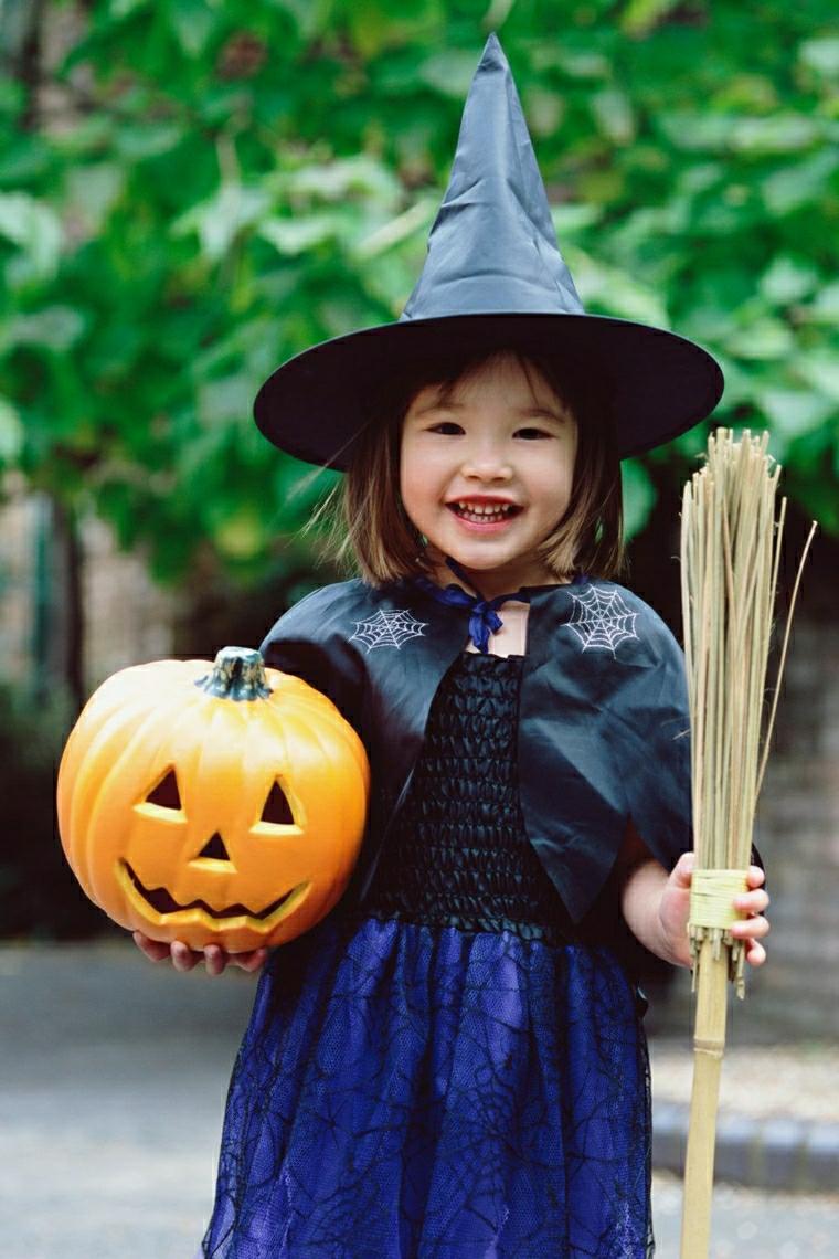 Travestimento strega per Halloween, zucca intagliata di plastica, vestiti carnevale bambini fai da te