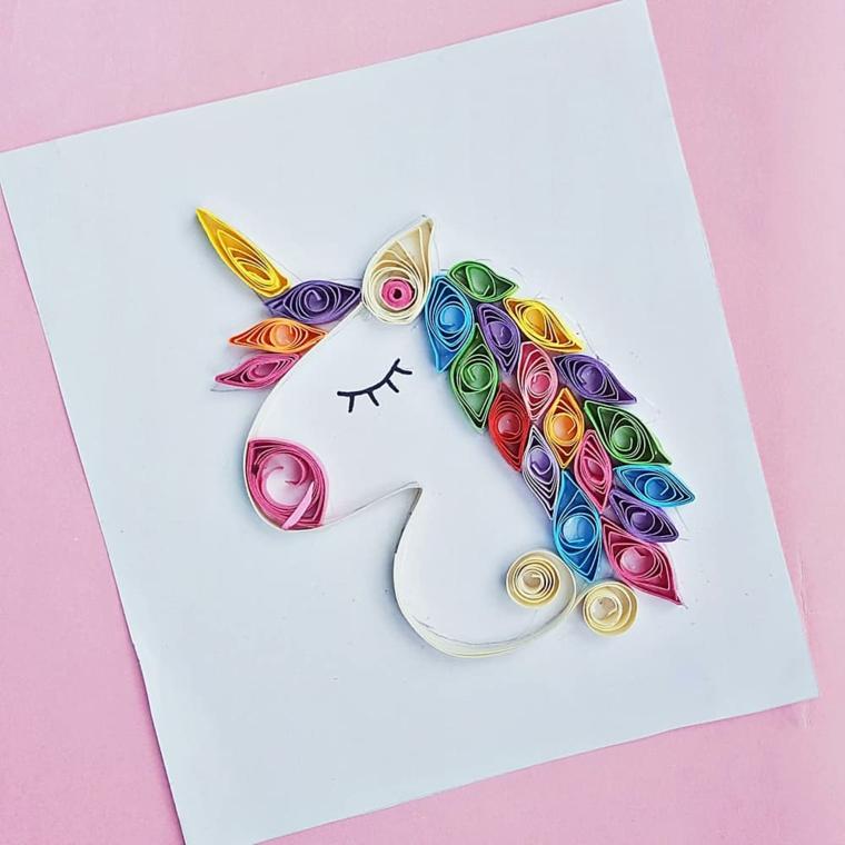 Disegno con paper quill, strisce di carta colorata piegata, unicorno significato