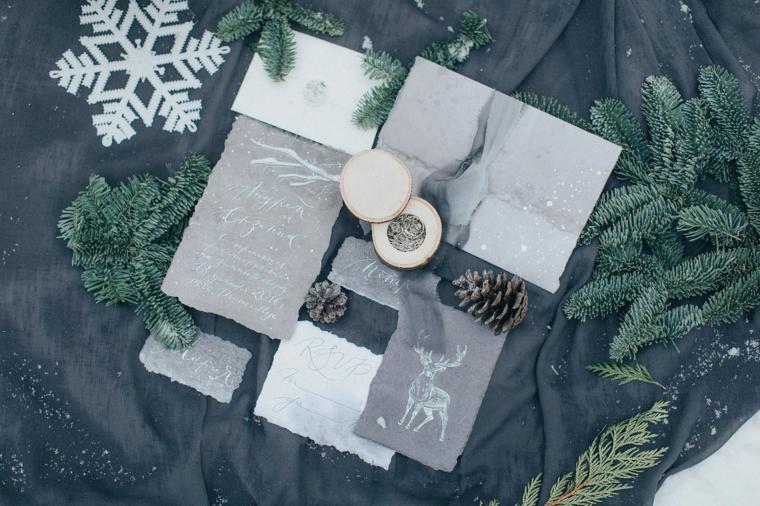 Organizzare un matrimonio, scatola di legno con anelli di fidanzamento